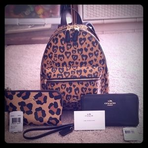 Authentic COACH Wild ♡ mini Charlie backpack set